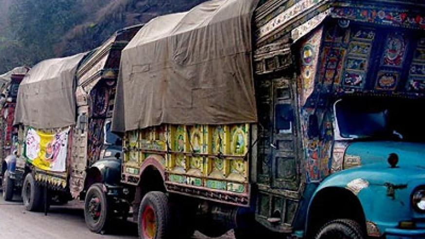 Long haul trucks are some of the transportation methods used by smugglers. Net photo