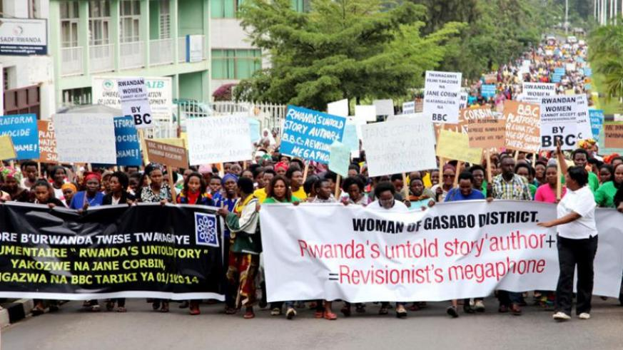 Women demonstrators march to BBC country office in Kimironko suburb of Kigali on on October 24. (John Mbanda)