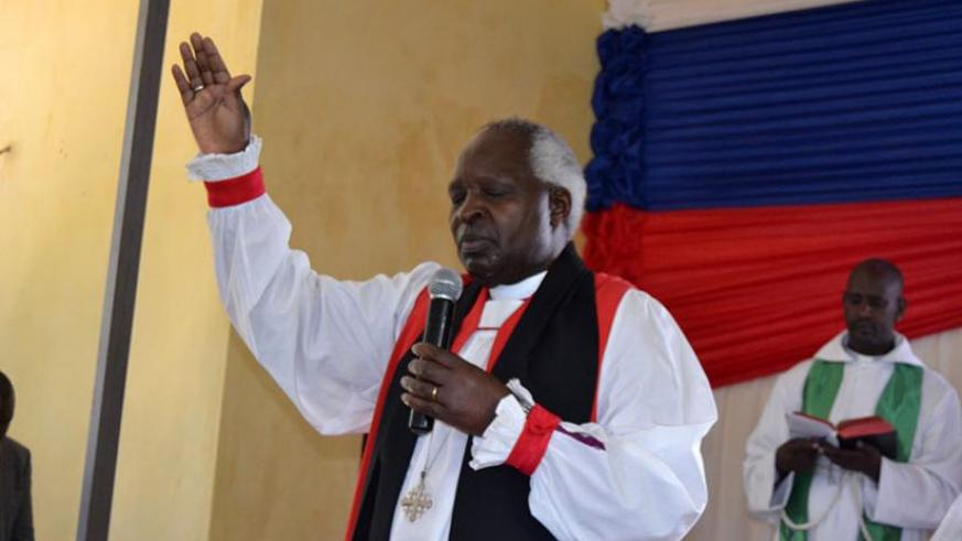 Archbishop Rwaje preaches to participants attending the Musanze seminar yesterday. (Jean d'Amour Mbonyinshuti)