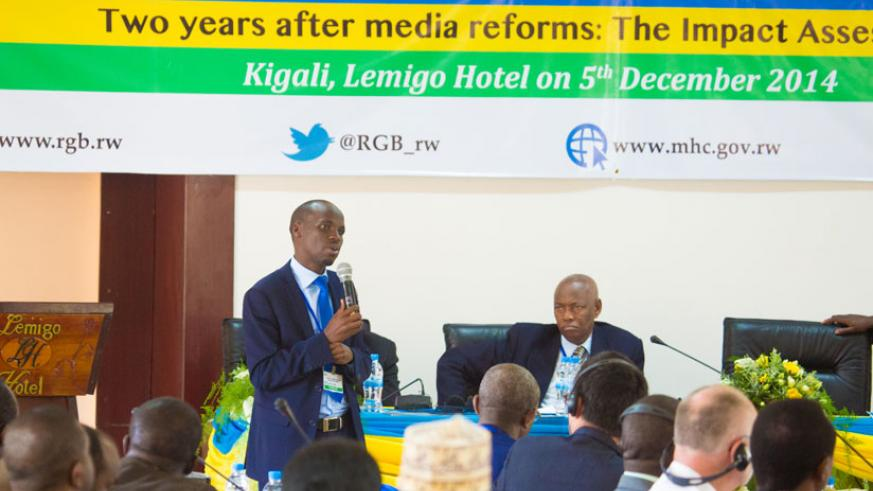 Muvunyi the head of Rwanda Media Commission speaks during the media dialogue yesterday.(Timothy Kisambira)