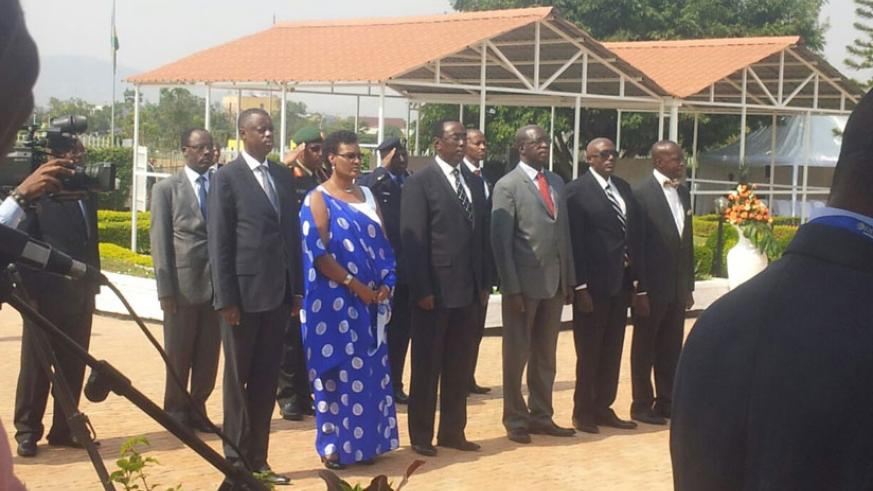 Senate President, Bernard Makuza, leads government officials and members of the diplomatic community in laying wreaths at the Heroes Mausoleum in Remera, Kigali.