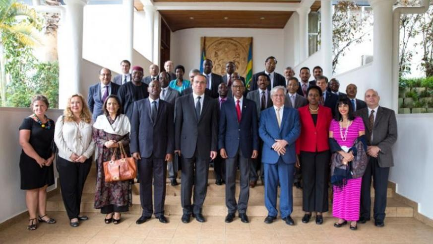 President Kagame with UN Habitat delegation led by Joan Clos, UN Habitat Executive Director, after the meeting yesterday. (Village Urugwiro)