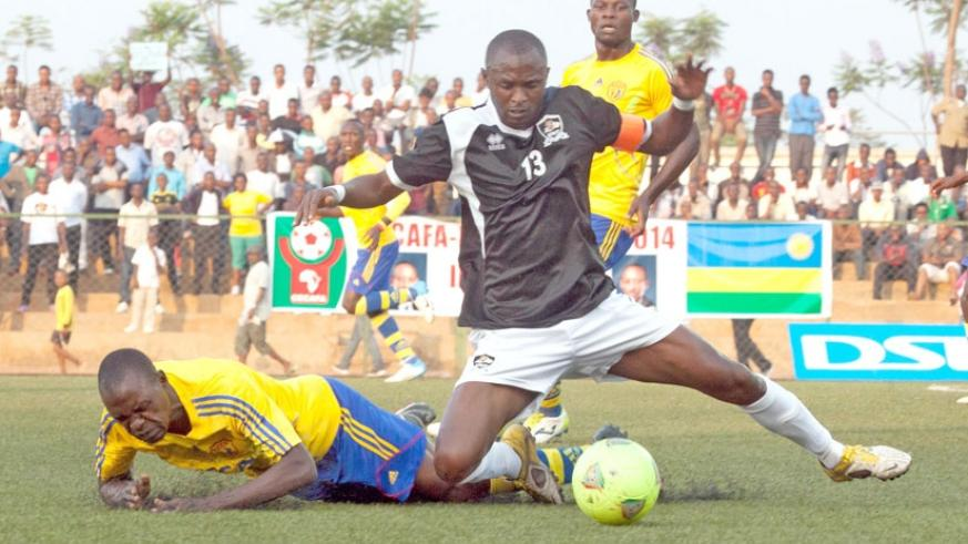 APR captain Ismael Nshutiyamagara in action against Uganda's KCCA during the 2014 Cecafa Kagame Cup at Stade de Kigali. (File)