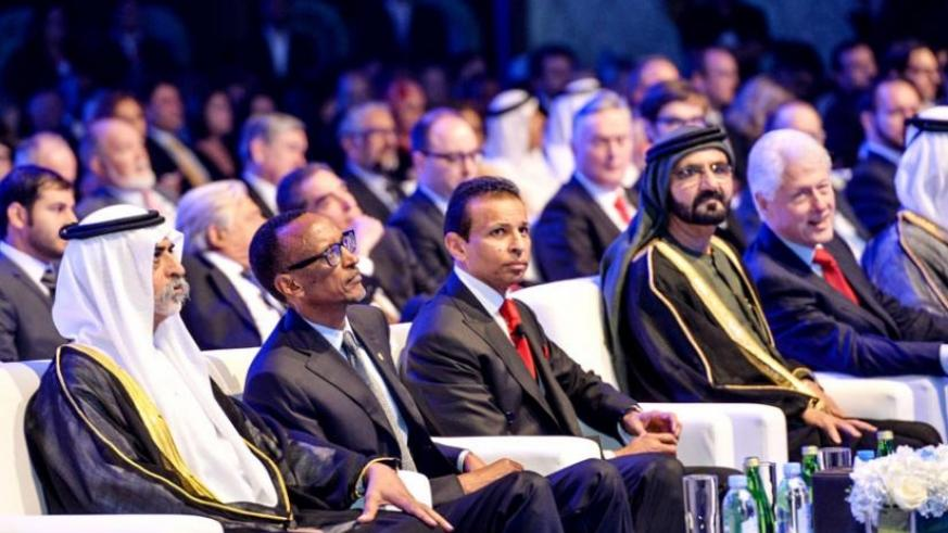 President Kagame with His Highness Sheikh Mohammed Bin Rashid Al Maktoum, the vice-president and prime minister of the United Arab Emirates and ruler of Dubai, Sunny Varkey, founder and chairperson of Gems Foundation, and former US President Bill Clinton during the Global Teacher Prize ceremony in United Arab Emirates yesterday. (Village Urugwiro)