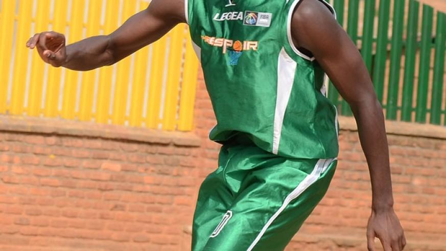 Olivier Shyaka scored 13 points in Espoir's 72-35 win over UR-CoE on Sunday. It was their third straight win in as many games. (File)