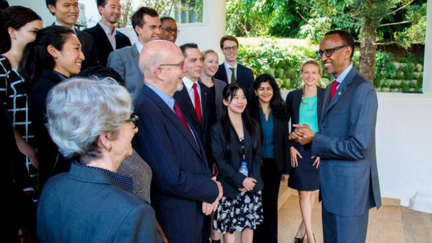 President Kagame meets the delegation from Stanford University at Village Urugwiro in Kigali yesterday. (Village Urugwiro)