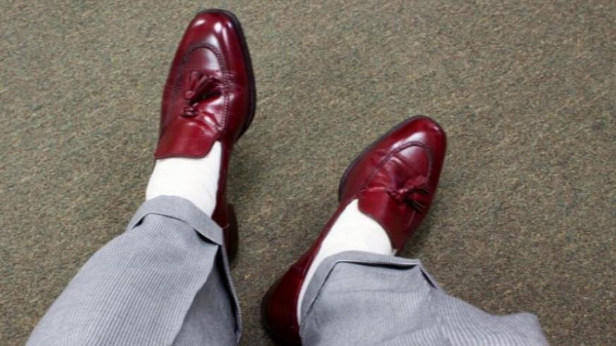 Wearing shoes and socks for long hours increases the risk of getting fungus infection.