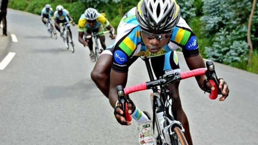Bonvature Uweziyimana (front) during a recent race. (File)