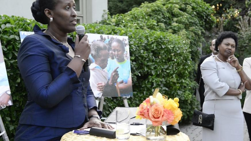 First Lady addressing the guests at the Imbuto fundraiser in the United States. (Courtesy)