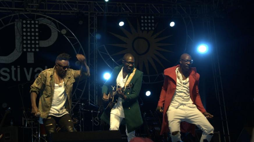 Sauti Sol do the Lipala dance during their performance. (All photos by Goodin Pictures)