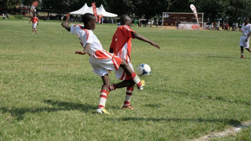 Inyange Academy's  Jean Luc Niyifasha (right) is one of the youngsters, who impressed during the ARS Season III. (File)