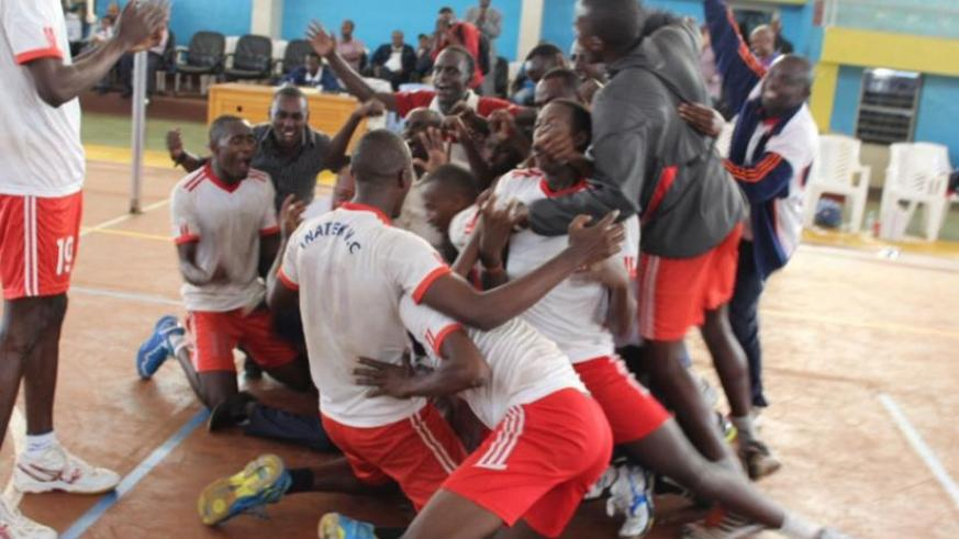INATEK players celebrate after beating Rayon Sports  3-0 in the title deciding match on Saturday at Amahoro indoor stadium. (Damas Sikubwabo)
