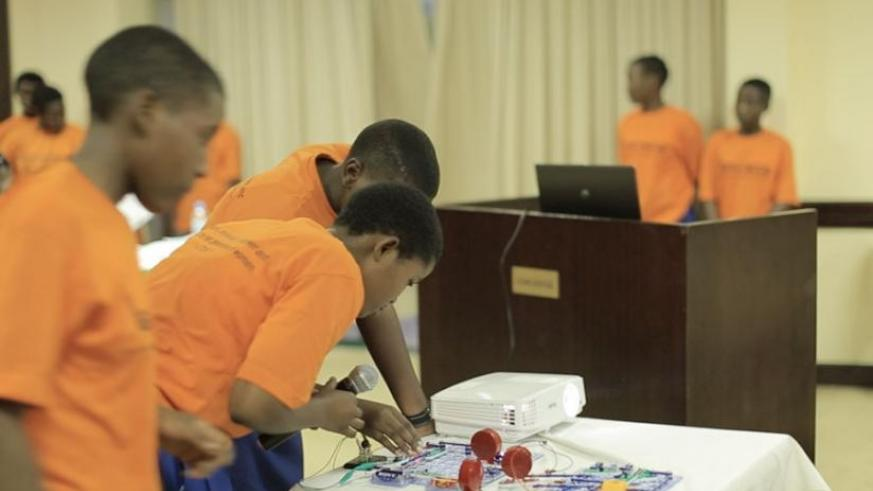 One of the groups present their project during the workshop on STEM. (Julius Bizimungu)