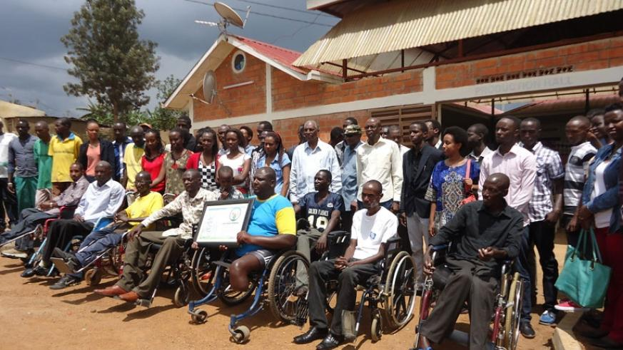 KDA students donate Rwf120,000 to disabled former combatants