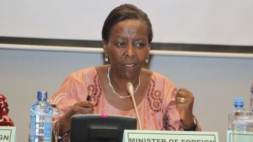 Minister Mushikiwabo speaks during the retreat in Nairobi. (Courtesy)