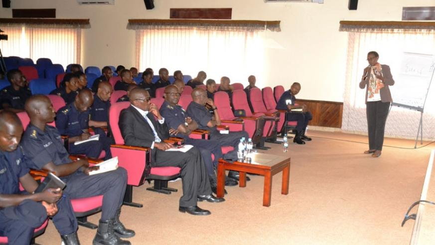 TI Rwanda chairperson, Marie-Immaculee Ingabire, speaking to police officers during the retreat. / Courtesy