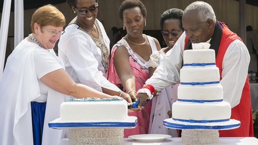 The First Lady, Jeannette Kagame, joins Mothers' Union Worldwide president, Lynne Tembey (left); Gender and Family Promotion minister Dr Diane Gashumba (3rd right); Mothers' Un....