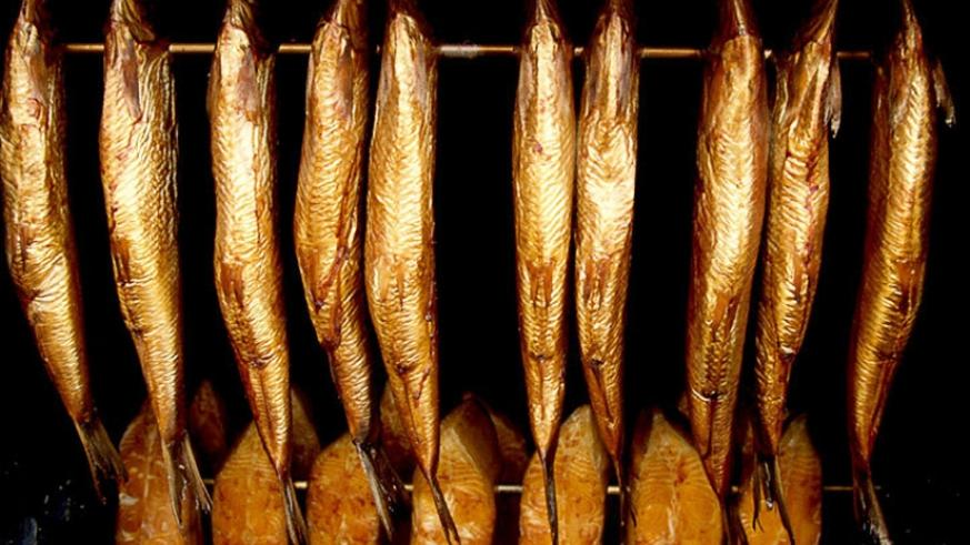 Smoking fish is a healthy, traditional form of preserving fish for future use. / Internet photo.