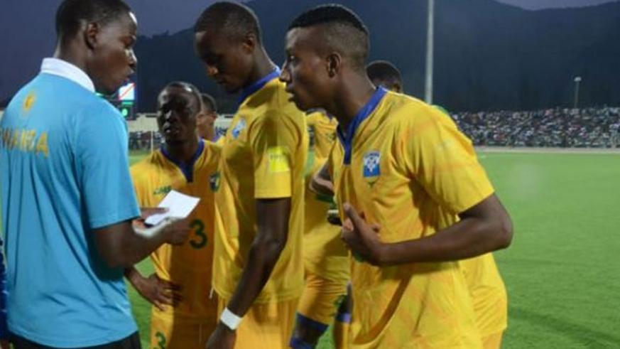 Mulisa gives instructions to Amavubi players during a past game. (File)