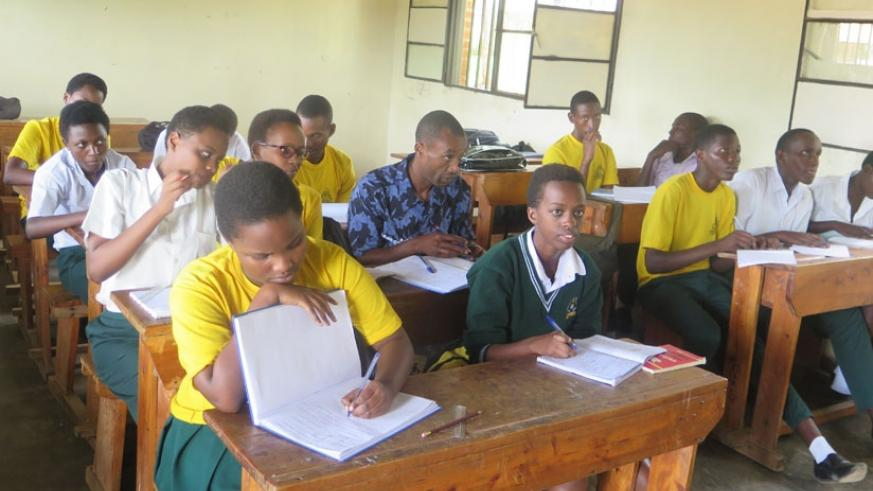 Students attend a lesson. Teachers have a responsibility to complete the syllabi in the third term. / Lydia Atieno.