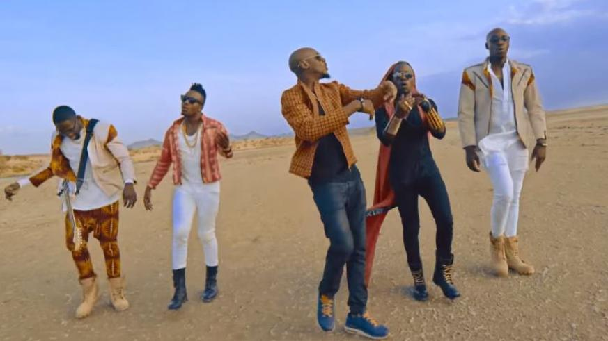 Kenyan afro-pop band Sauti Sol and Nigerian singer 2Face shooting the video for their single- Oya Come Make We Go. / Net photo.