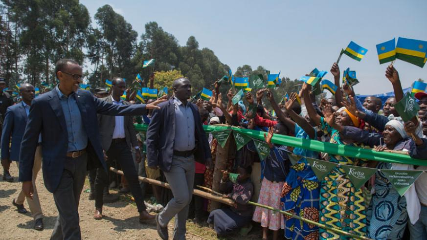 Musanze residents welcome President Kagame upon arrival for the 12th Kwita Izina event in Kinigi, Musanze, yesterday. / Village Urugwiro.