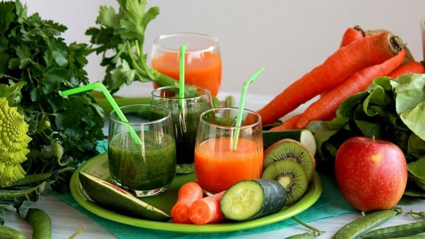Fruits and vegetables contain vital nutrients that replenish a weakened immune system. / Internet photo.