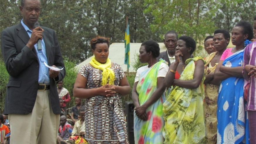 Genocide survivors and perpetrators testify about their unity in Rwankuba. (Kelly Rwamapera.)