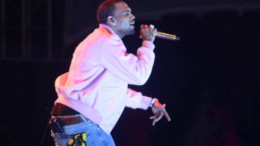 Chris Brown had a beautiful performance during his first visit in the region. / Julius Bizimungu