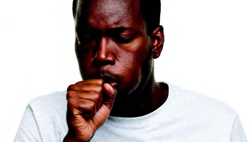 A man infected with a bad cough. / Net photo.