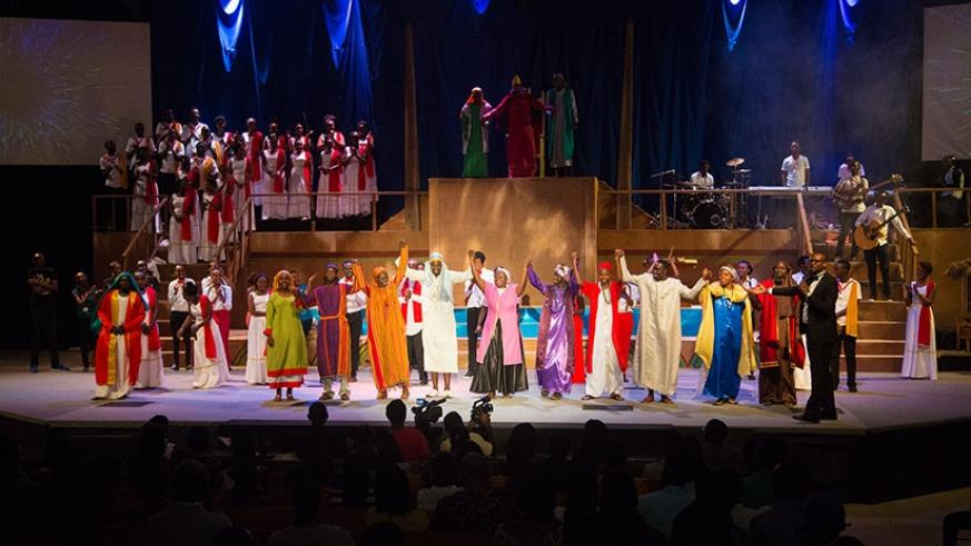 The production's director, Daniel Mugisha (in black suit) presents the team after the fourth show as closing this year's cantata. (All photos by Faustin Niyigena)