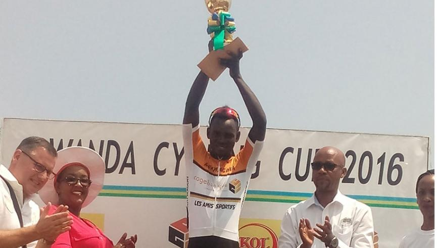 Jean Claude Uwizeye celebrates after being crowned the 2016 Rwanda Cyclign Cup champions in the U-23 category. G. Asiimwe.