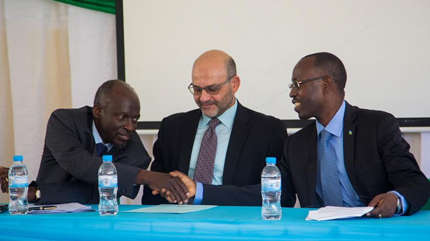 Prof. Ijumba (L), El-Gammal (C) and Dr Ntivuguruzwa during the launch of the centre of excellence in Kigali yesterday. / Faustin Niyigena