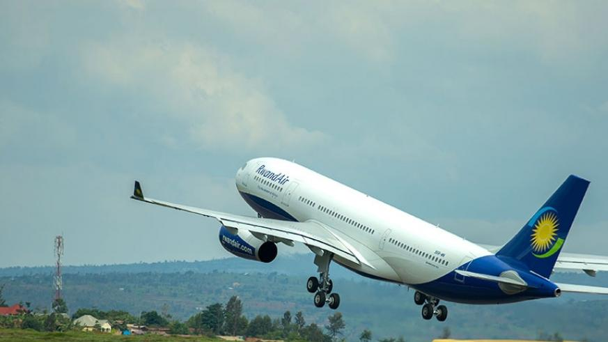 One of the RwandAir planes takes to the skies. (File)