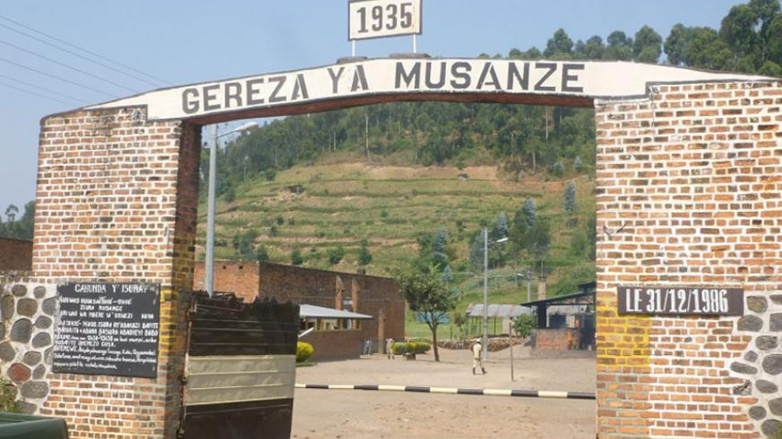 Musanze Prison: Inmates here discuss ways to  fight genocide ideology. Regis Umurengezi.
