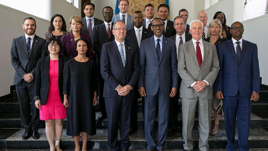 President Kagame in a group photo with the Australian delegation that paid him a courtesy call at Village Urugwiro in Kigali yesterday. (Photos by Village Urugwiro)