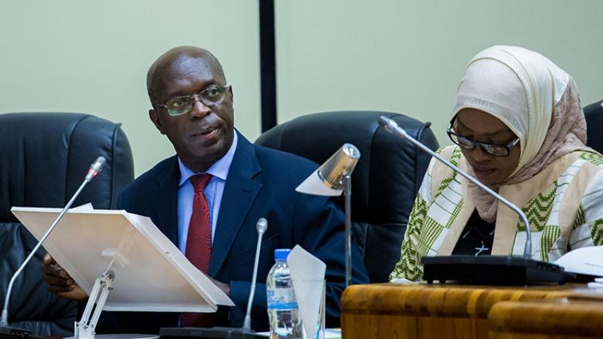 Prime Minister Anastase Murekezi (L) addresses Parliament in the company of Senate vice-president Fatou Harerimana. The premier, who was speaking on the state of health in the coun....