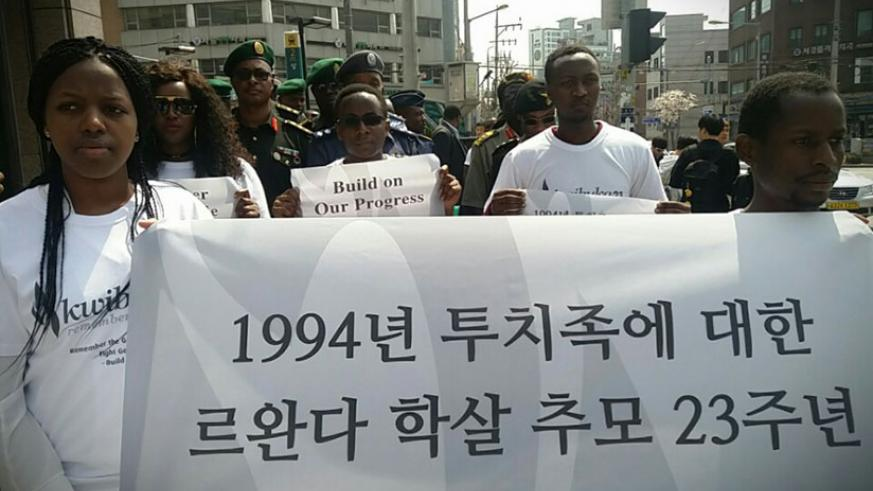 A big number of people participated in a Walk to Remember in South Korea. / Courtesy