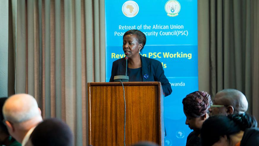 Foreign Affairs minister Louise Mushikiwabo speaks during the meeting in Kigali. (Photos by T. Kisambira)