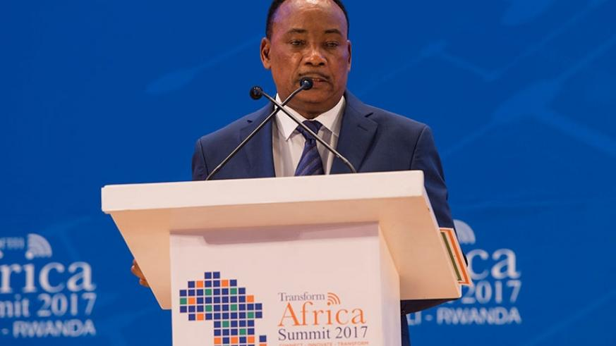 Niger President Mahamadou Issoufou speaks during the Transform Africa Summit that ended on Friday. At the summit, African leaders pledged to ensure that Smart Africa is achieved. Village Urugwiro.