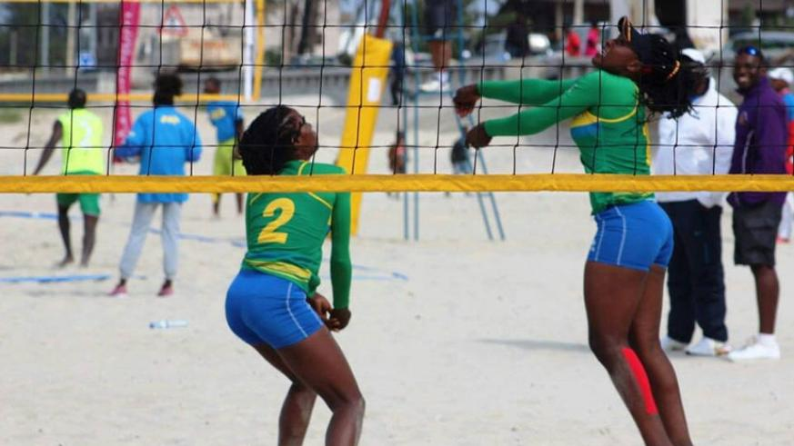 Denyse Mutatsimpundu and Charlotte Nzayisenga  overcame Moroccan to win gold medal at the 2017 CAVB Beach Volleyball Cup in Maputo