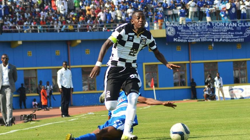 APR right back Michel Rusheshangoga is said to have verbally agreed to join Tanzania's Singida United on a two-year contract. (Sam Ngendahimana)
