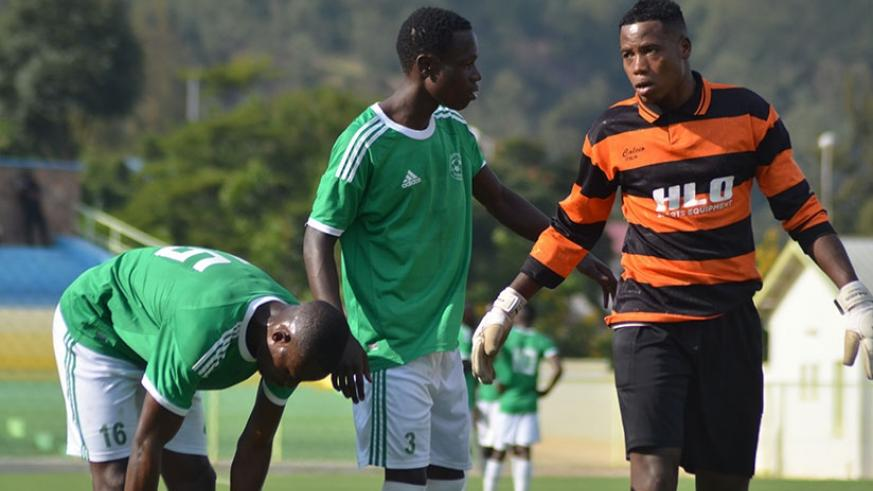 Kiyovu goalkeeper Bonheur Hategekimana and his teammates must beat Rayon Sports in the final league game and hope that other results go their way. S. Ngendahimana