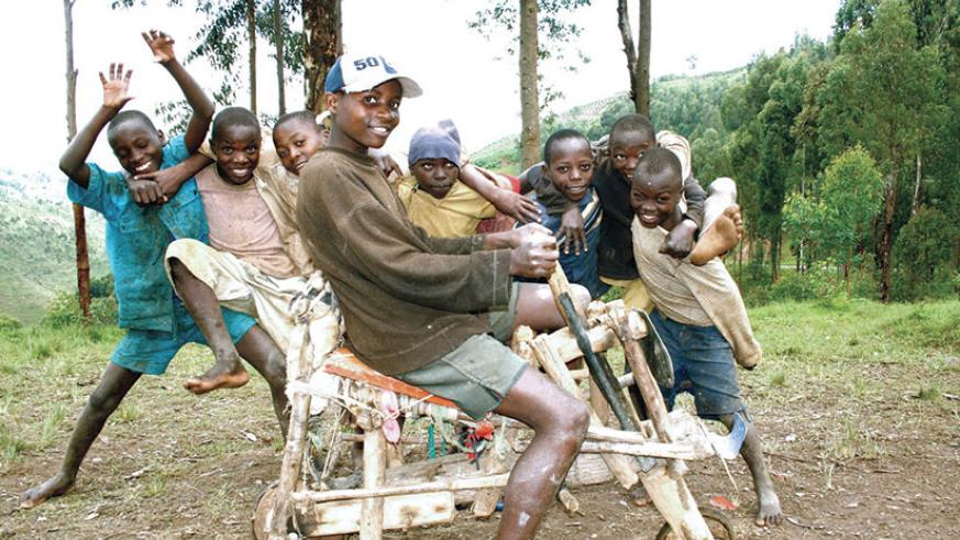 Experts say play is important in early childhood development and parents have been asked to play their part in ensuring that their children have enough play-time.   Net.