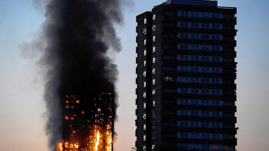 Grenfell Tower as the blaze burned early Wednesday. / Internet photo