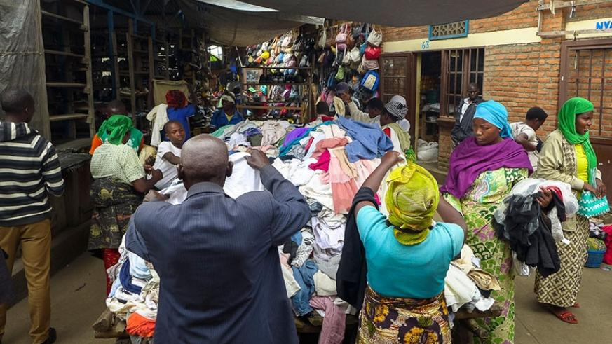 Rubavu's Mahoko market offers large volumes of caguwa and attracts people from rural villages who seek good deals on used clothes. Net photo.