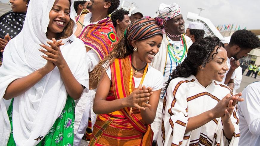 Ethiopians welcome visitors to the 29th AU summit in Addis Ababa. (Net)