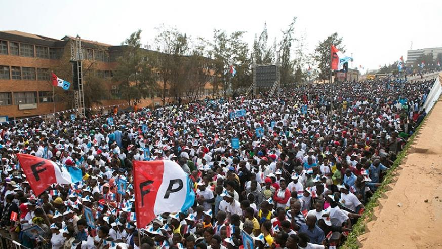The main street leading to Nyabugogo from downtown Kigali was dominated by RPF-Inkotanyi colours as thousands of supporters descended on the business hub to listen to the incumbent president.