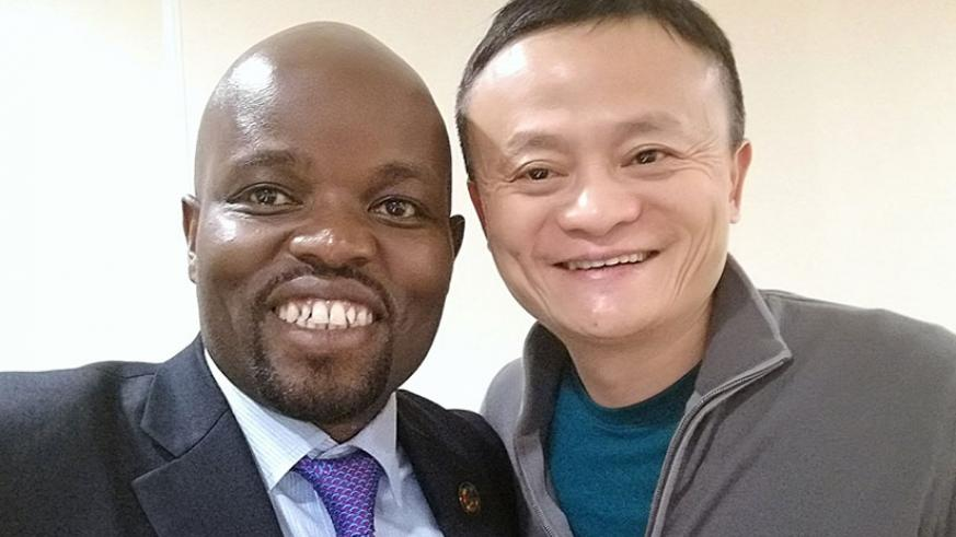 Minister Nsengimana and Jack Ma pose for a selfie shortly after the latter's arrival last night. Courtesy.