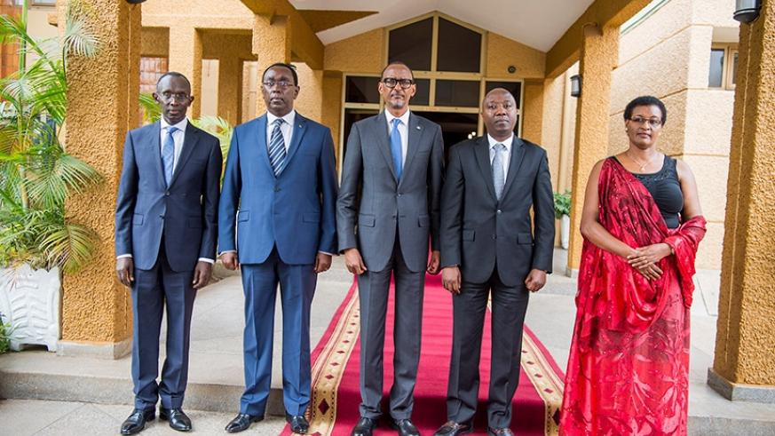 President Kagame and new premier Edouard Ngirete (2nd R) outside Parliament together with Speaker Donatille Mukabalisa (R),  Chief Justice Sam Rugege (L) and Bernard Makuza, the Se....
